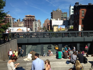 Manhattan's High Line trail overlooking new West Side construction