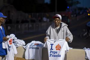Pope Francis t-shirt vendors